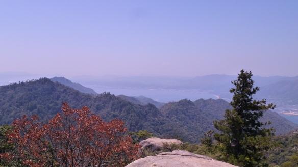 Point de vue depuis le sommet du Mont Misen, à 535m d'altitude.